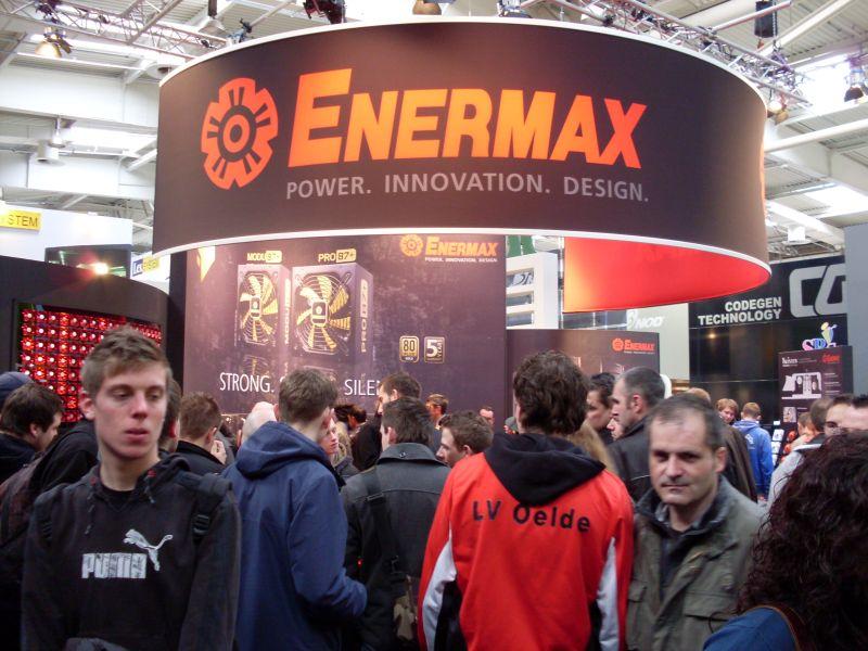 Enermax Stand