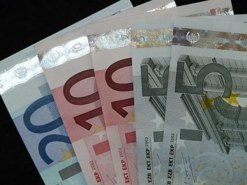 money-8886_640