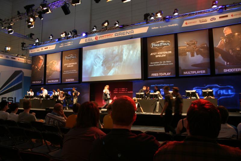 Gamescom ESL Bühne