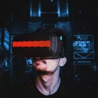 VR-Brille futuristisch